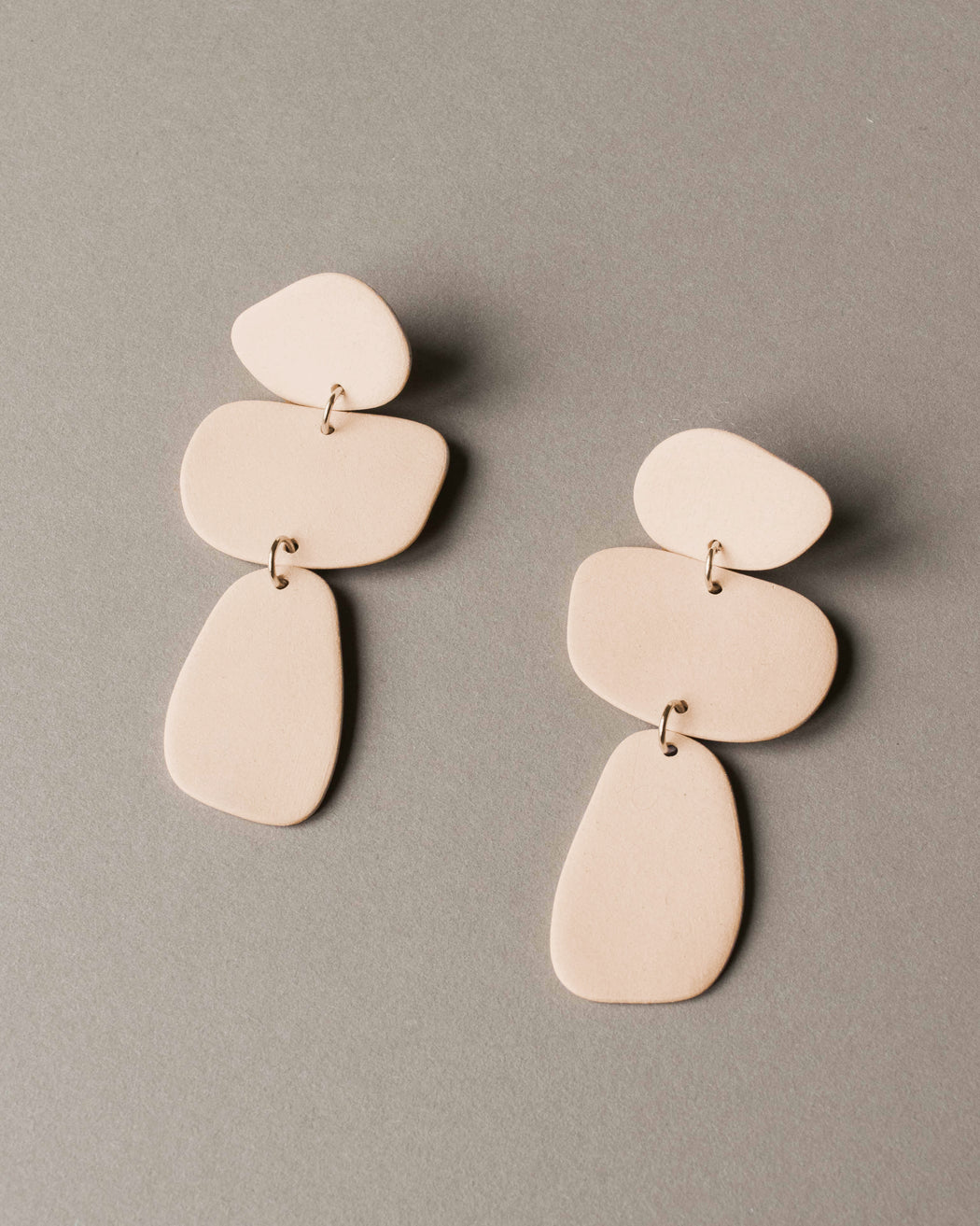 Pebble Earrings - Four Eyes Ceramics