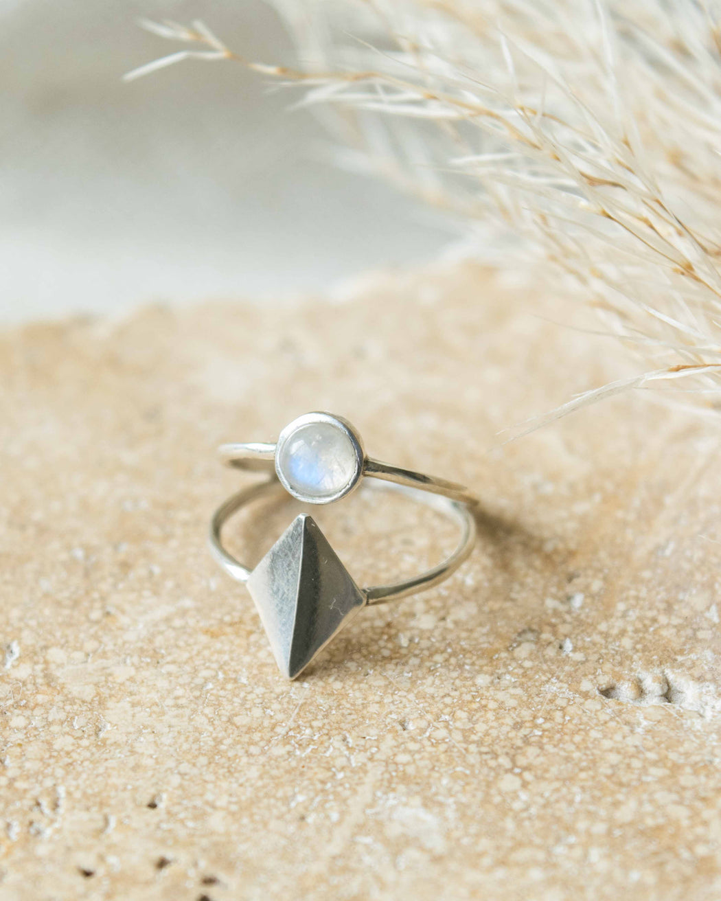 Lindsay Lewis - Dia Ring - Sterling/Moonstone