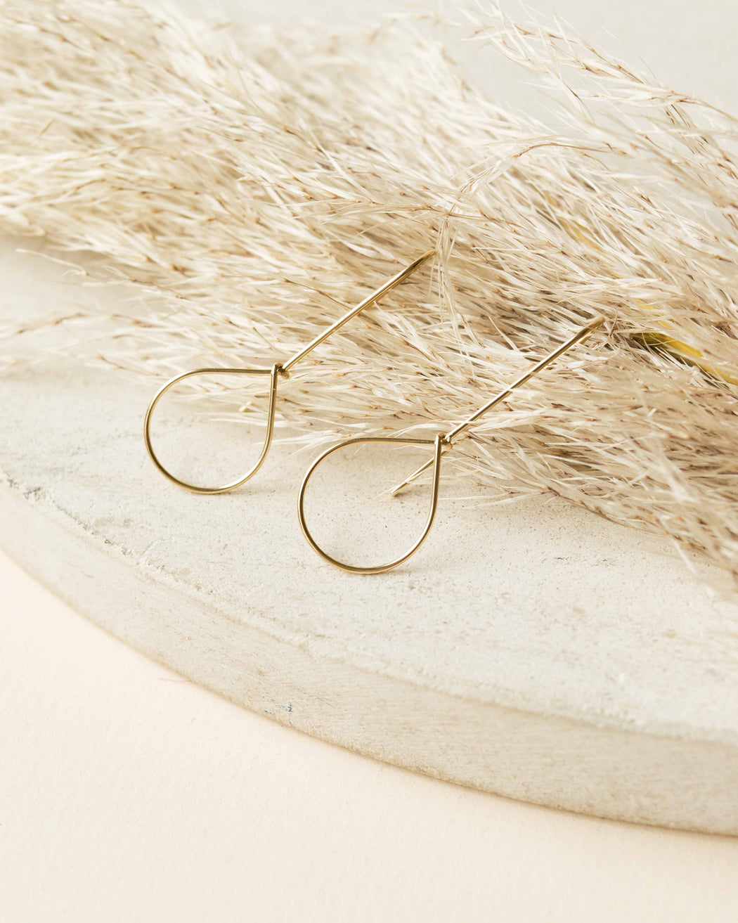 Goldeluxe Jewelry - Teardrop Hoops