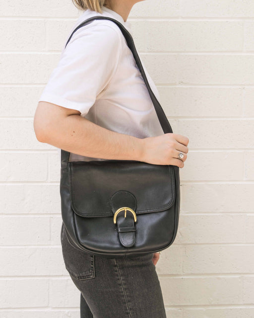 Black Leather Coach Purse With Buckle