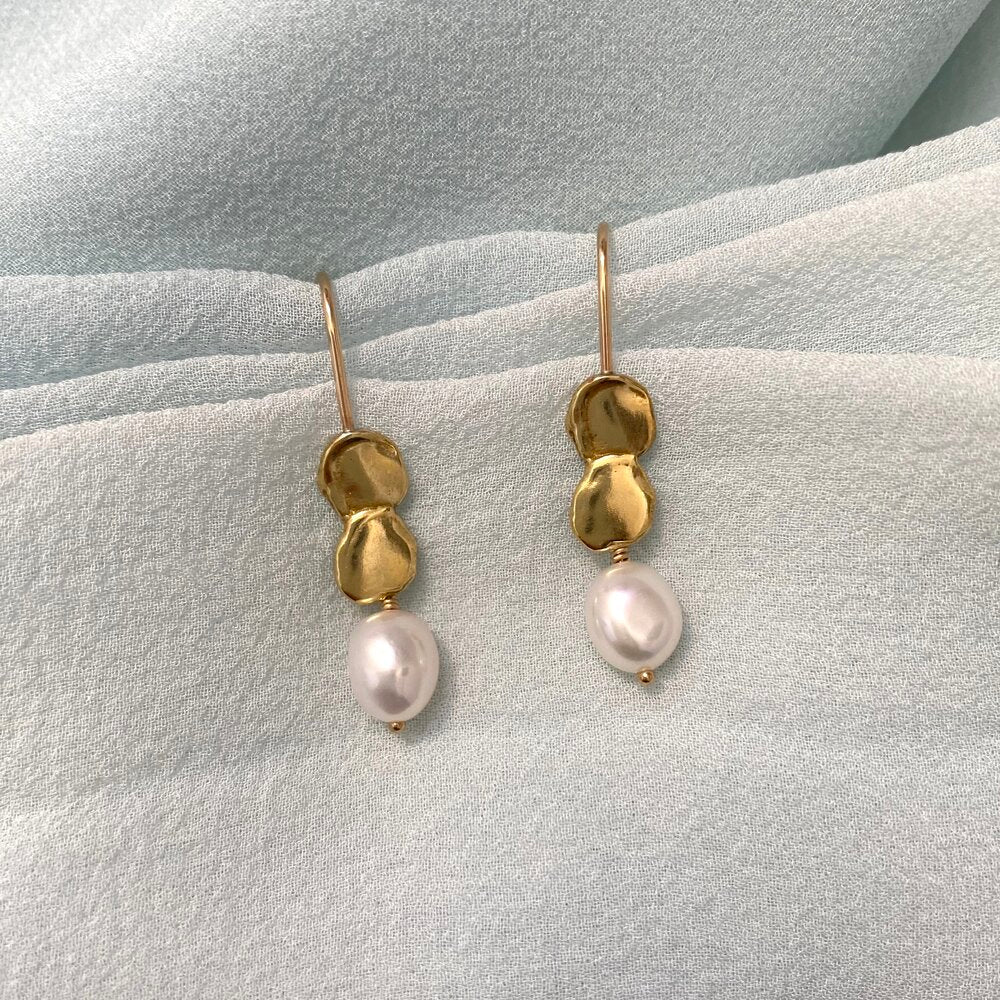 Goldeluxe - Allegory Earrings w/ Pearls