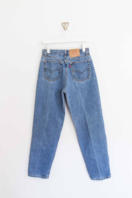 "Light Wash Levi's 560 - 28"" Waist"
