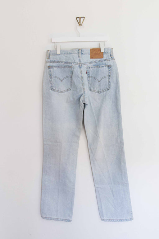 "Light Wash Levi's 505 - 32"" Waist"