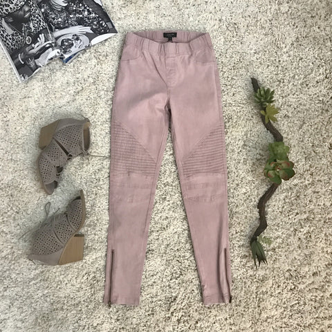 Miss Independent Pants-Blush