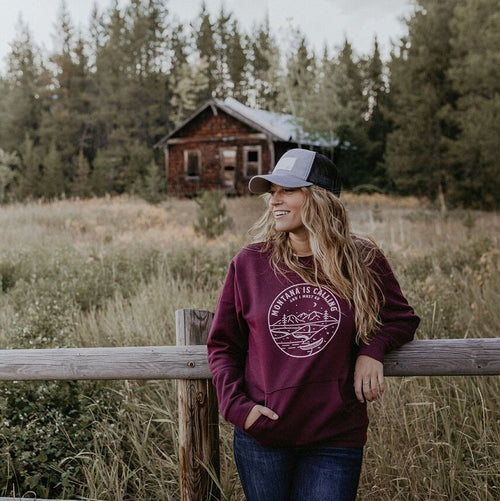 Montana is Calling Fleece w/ pocket Unisex-Maroon