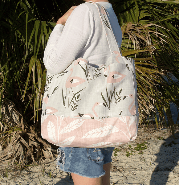 extra large flamingo beach bag measurements