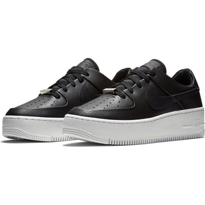 Wmns Nike Air Force 1 Sage Low Shoe