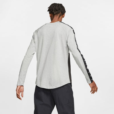Nike Sportswear Men's Long-Sleeve Swoosh T-Shirt
