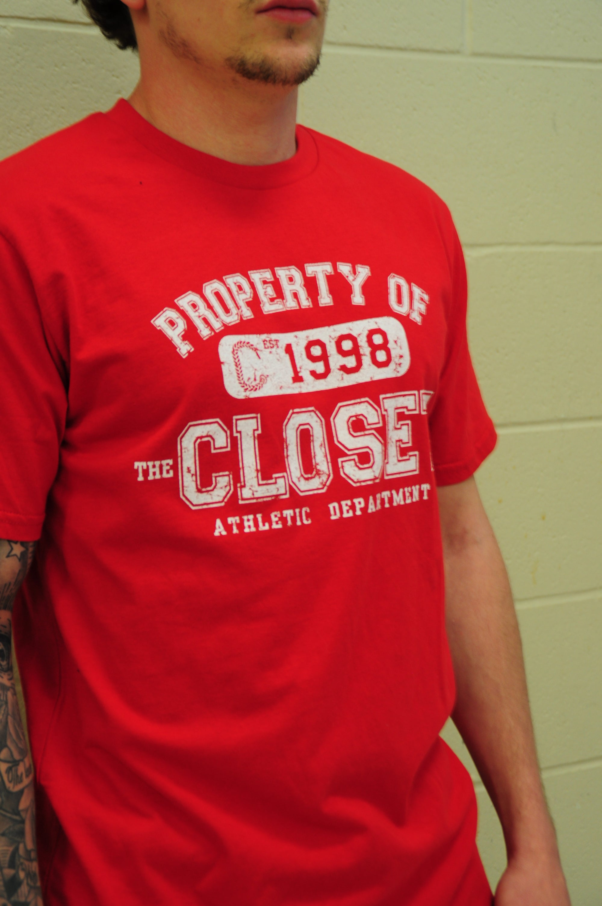 "THE CLOSET INC Men Curved T-Shirts–RED ""PROPERTY OF"""