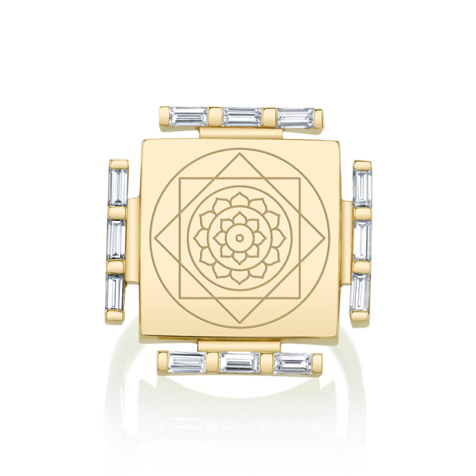 Engraved Manifestation Ring with Vijaya Nitya