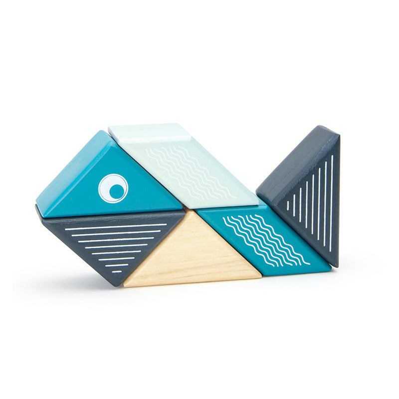 Tegu Magnetic Travel Pal Whale (6 Piece)