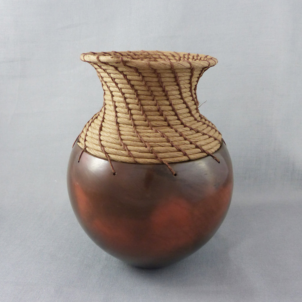 Coiled Pot, Burnished Earthenware (Terra Cotta/Tan)