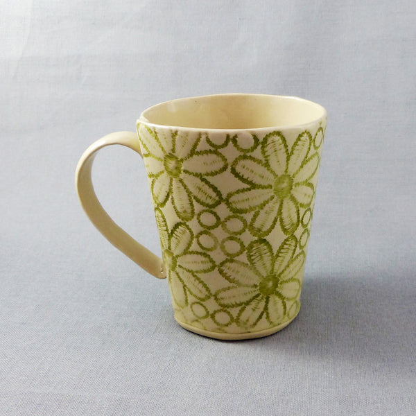 Daisy Lace Mug Green Shop The Clay And Glass