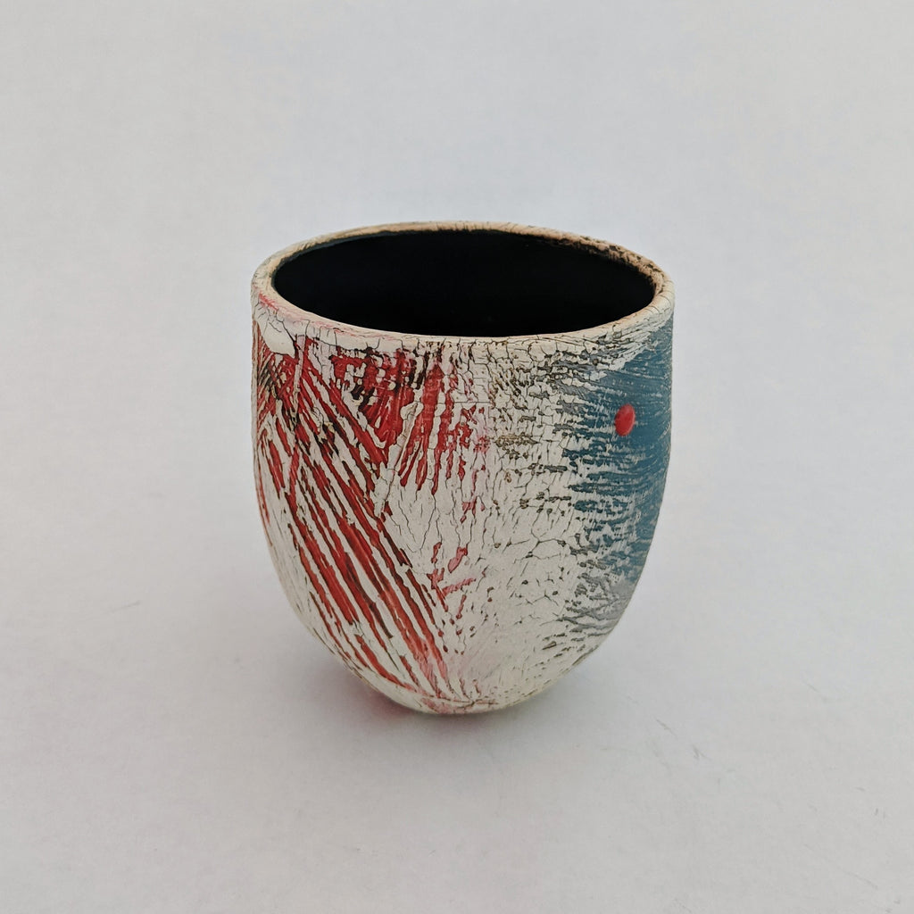 Small Pot/Vase (red dot)