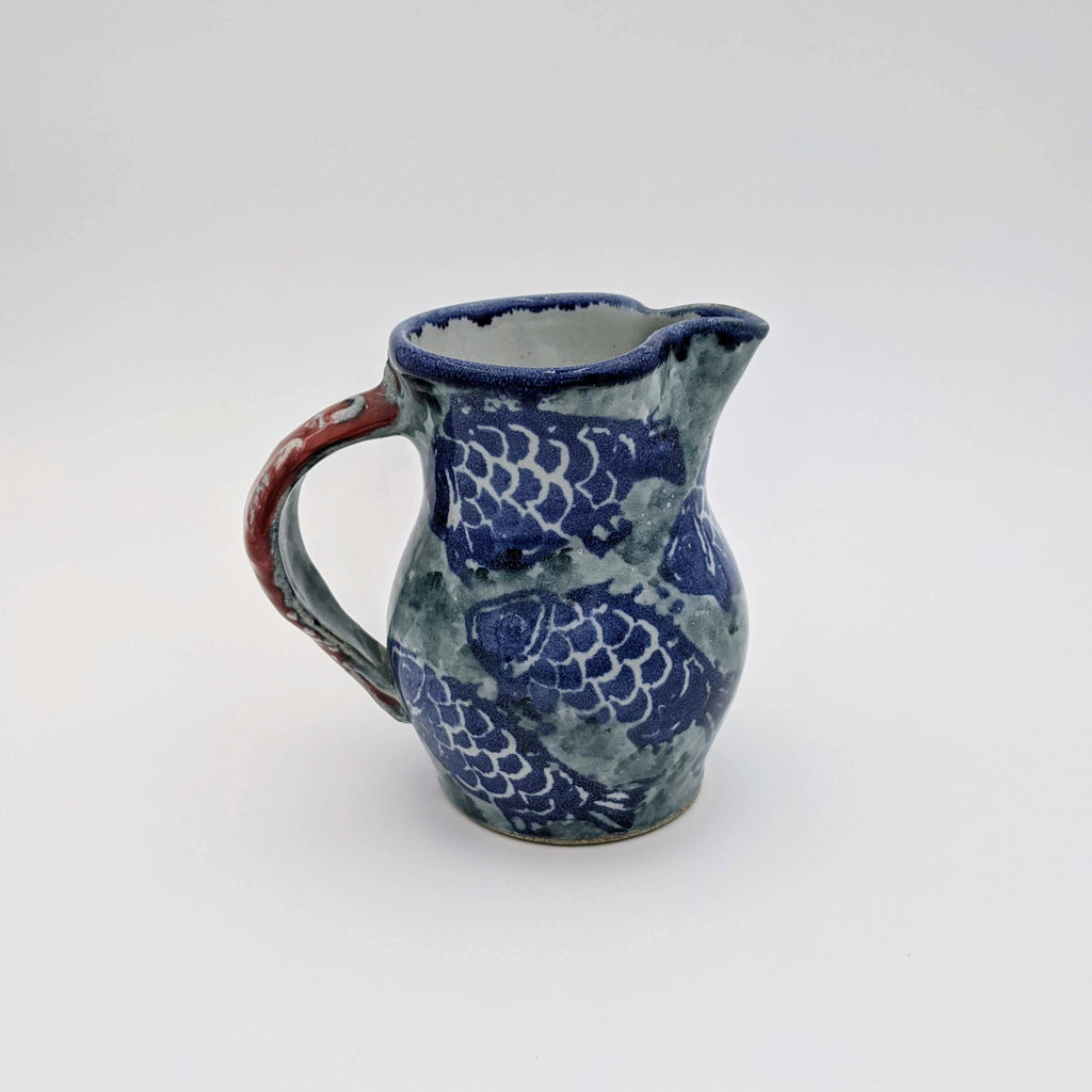Small Pitcher Fish Motif