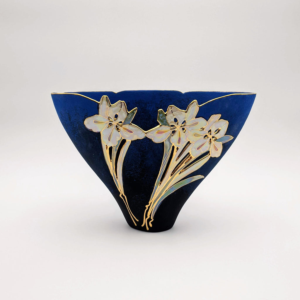 Small Triangle Vase Blue Velvet