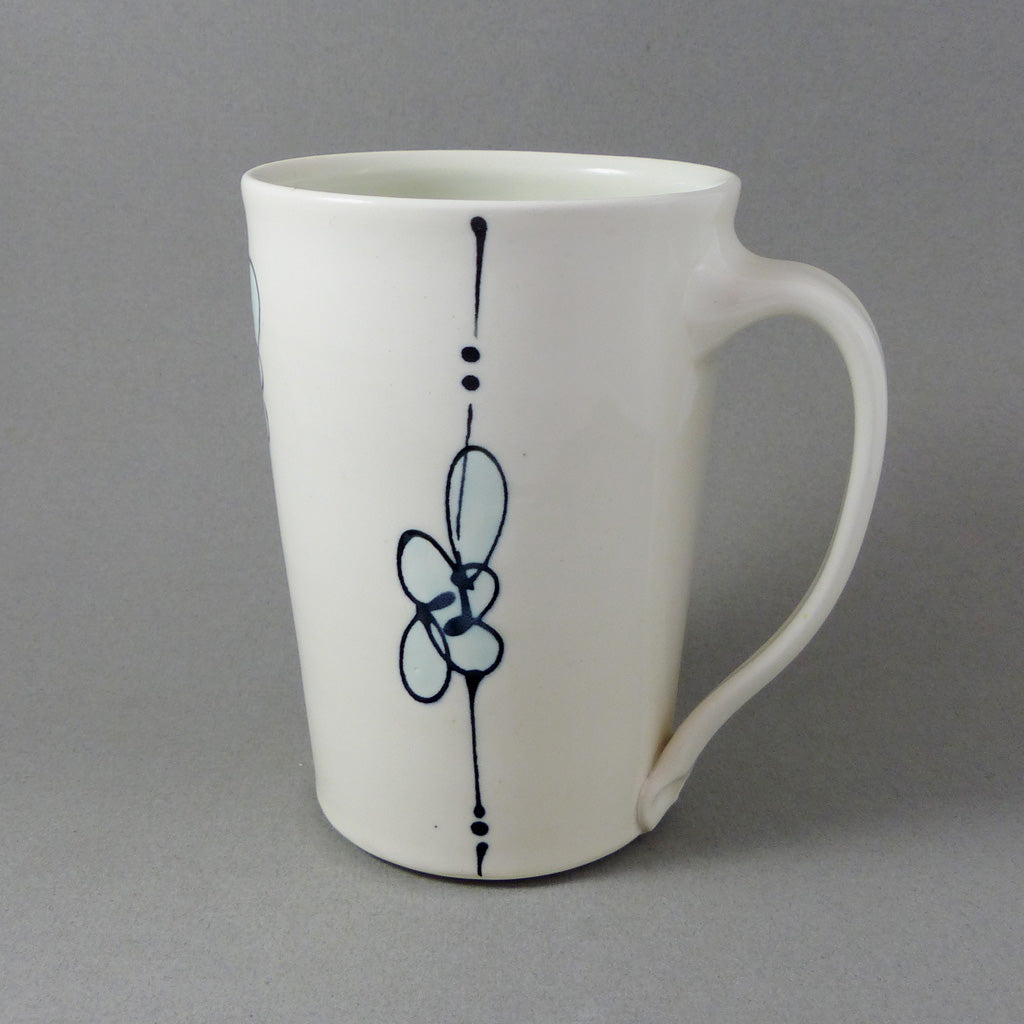XL Tapered Mug, White/Black w Aqua Accent