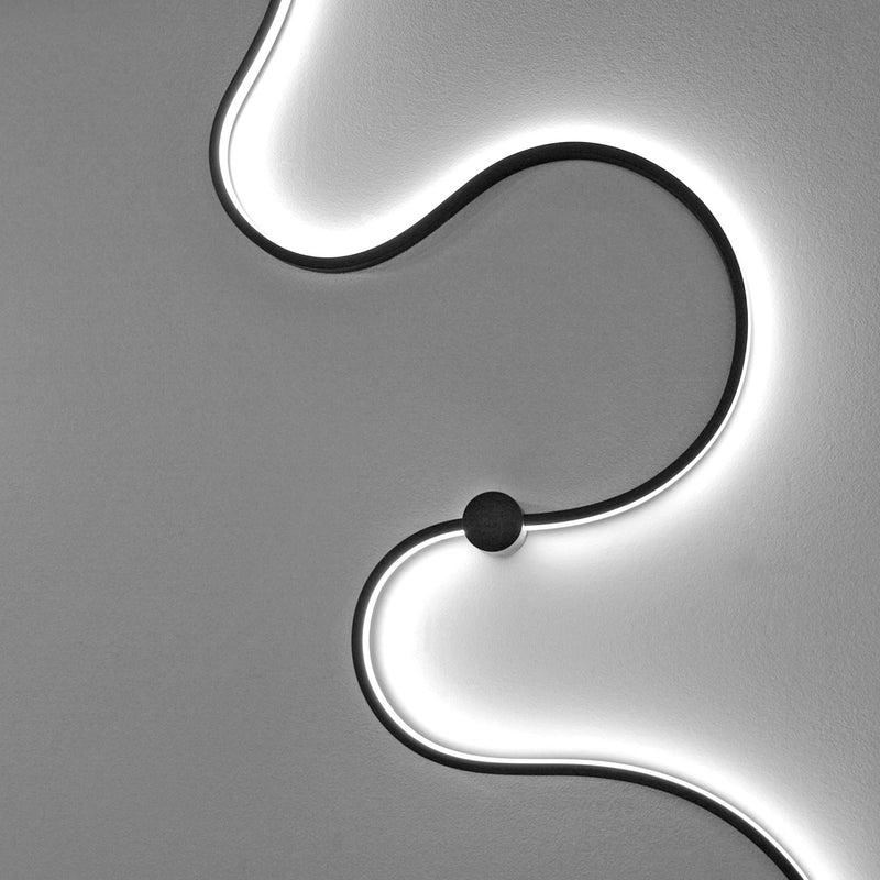 LED Wall Lamp Modern Snake Light