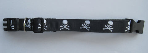 Skull & Cross Bones themed handmade dog collar with a black buckle. 4 sizes available
