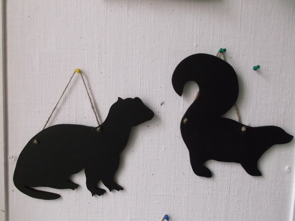 SKUNK PET shaped chalk boards SKUNK TORTOISE Guninea Pig Ferret Cat Rat Dog Lizard Bearded Dragon pet supplies - Tilly Bees