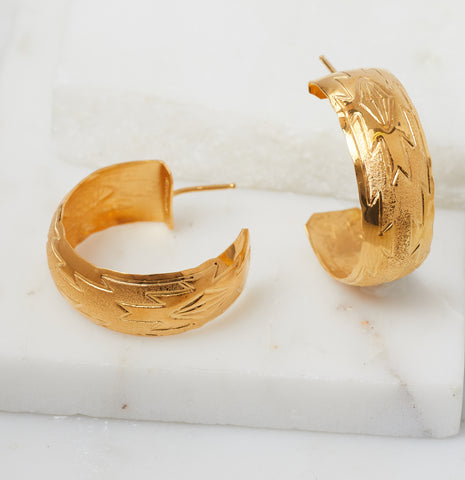 Safia Ear Cuff, Gold