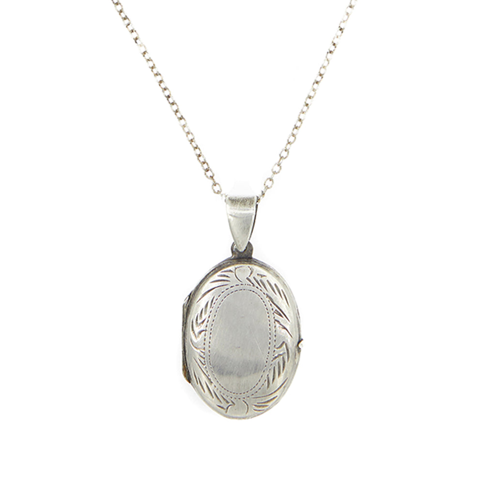 Intricate Oval Locket Silver