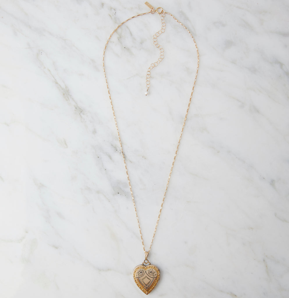 Frannie Reversible Sweetheart Locket