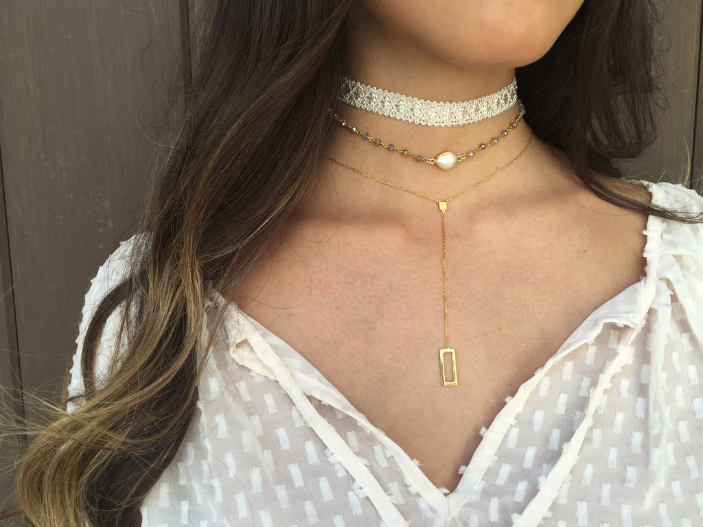 Buried Treasure Choker, Genevieve