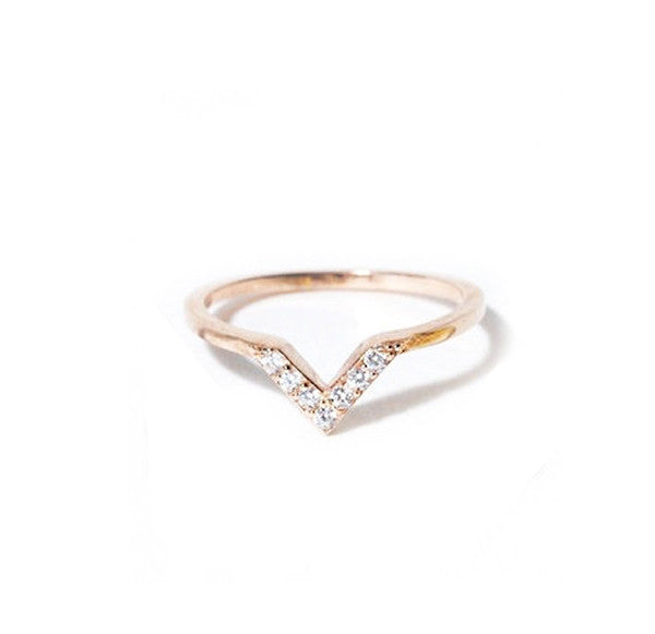 Baby V Midi Ring, Rose Gold