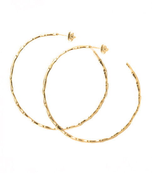 Natalie B Jewelry Bamboo Hoop Earrings in Metallic Gold iTkOIc8