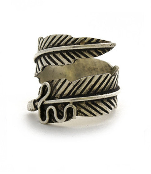 Free Bird Feather Ring
