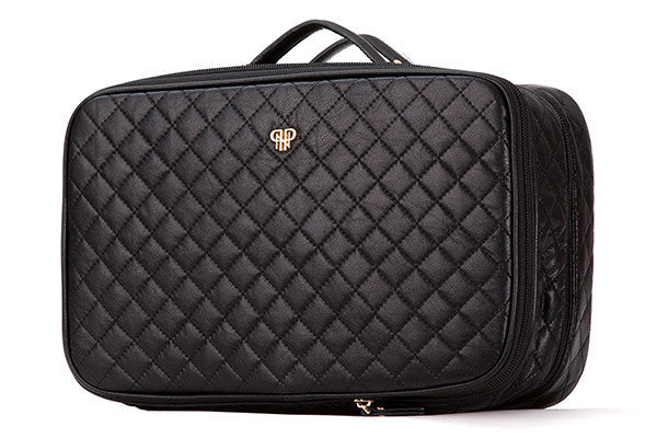 AMOUR TRAVEL CASE QUILTED