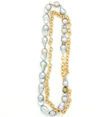 BAROQUE PEARL & GOLD CHAIN NECKLACE