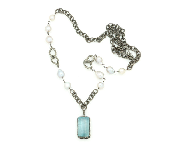 AQUAMARINE PENDANT ON PEARL AND OXIDIZED CHAIN NECKLACE