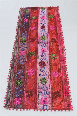 FESTIVAL TABLE RUNNER