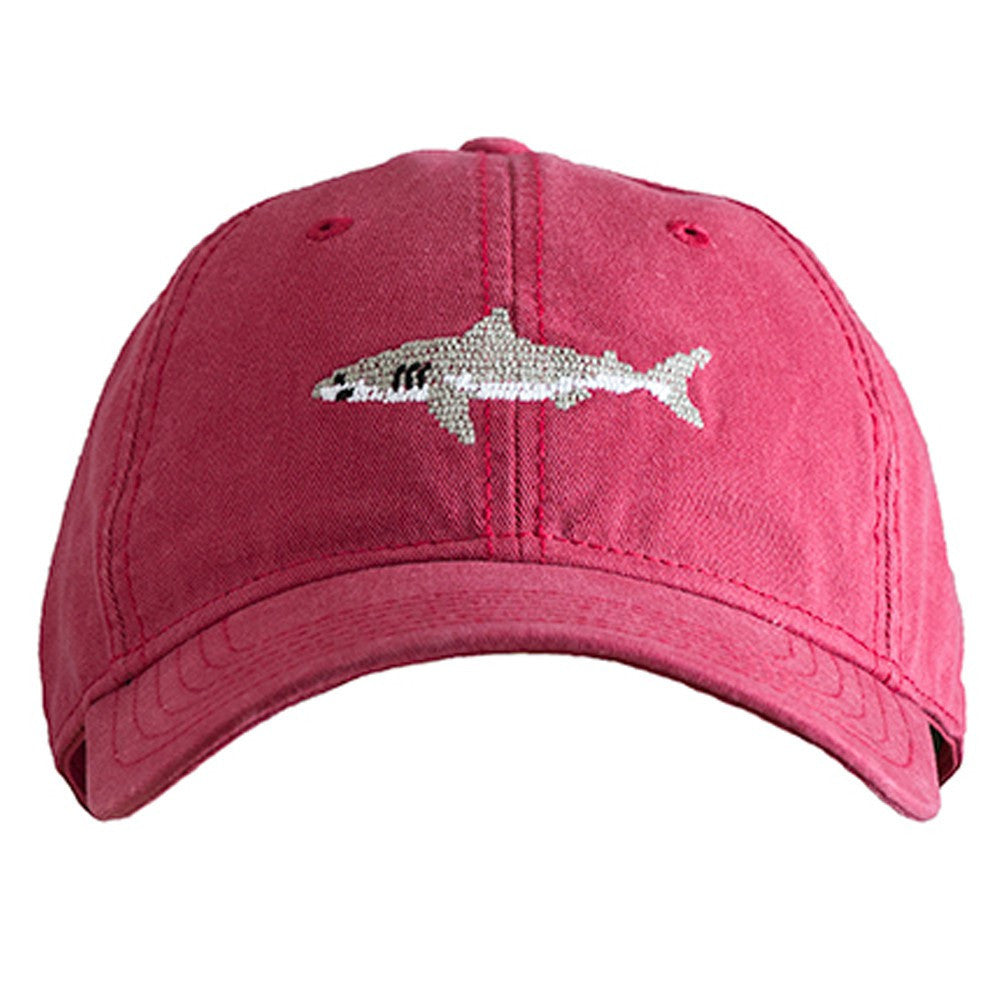 HAT GREAT WHITE SHARK ON WEATHERED RED
