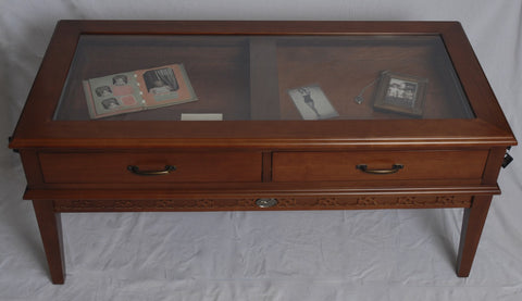 Glass top display coffee table Wren Chest
