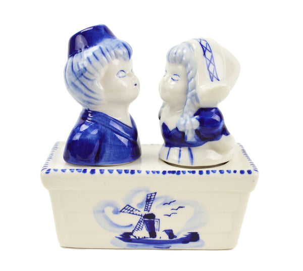 Collectible Salt and Pepper Shakers: Boy & Girl - OktoberfestHaus.com  - 1