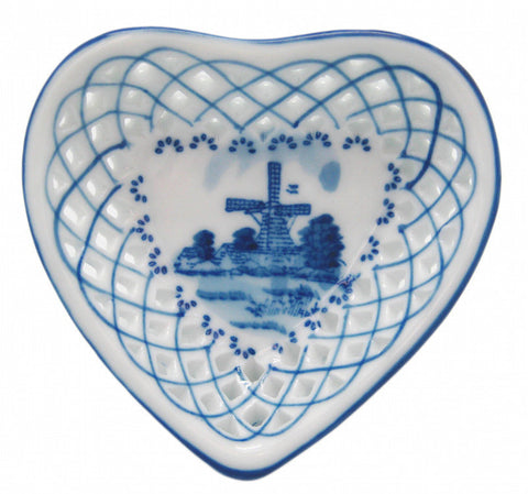 Delft Cutwork Basket with Hearts - DutchNovelties  - 1