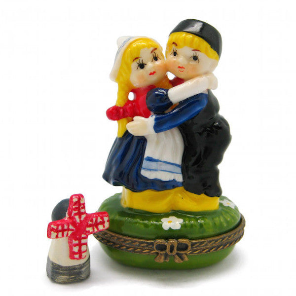 Small Jewelry Boxes Hugging Dutch Couple - DutchNovelties  - 1