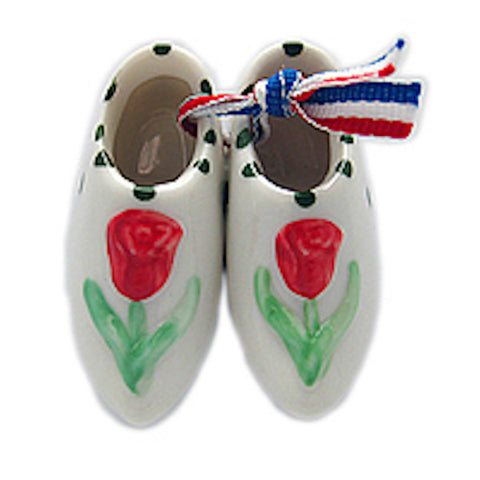 Ceramic Wooden Shoes Magnet Embossed Red Tulip - DutchNovelties  - 1