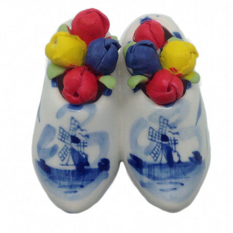 Delft Ceramic Wooden Shoes Magnet with Tulips - DutchNovelties  - 1