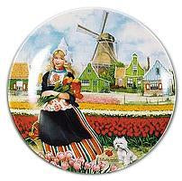 Collectible  J.C Van Hunnik Plates Tulip Girl Color