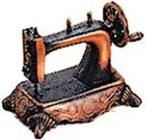 Antique Pencil Sharpener: Sewing Machine - DutchNovelties