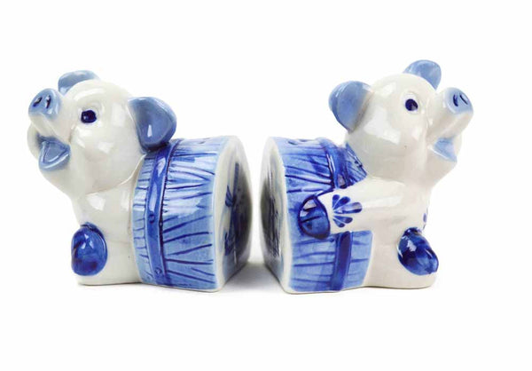 Unique Salt Pepper Shakers Delft Blue Pigs - DutchNovelties  - 1