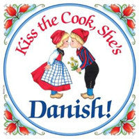 Kitchen Wall Plaques: Kiss Danish Cook - ScandinavianGiftOutlet