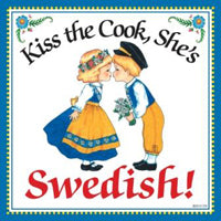 Kitchen Wall Plaques: Kiss Swedish Cook - ScandinavianGiftOutlet