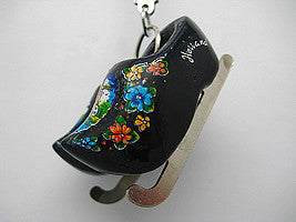 Wooden Clogs Key Ring Black Clogs with Skates - ScandinavianGiftOutlet