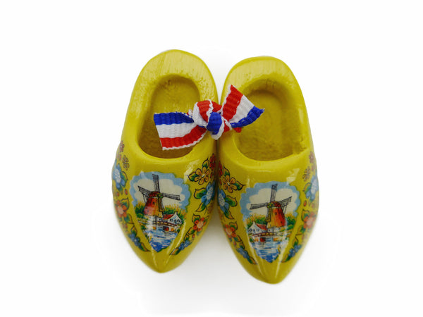 Wooden Shoes Magnetic Gift Yellow - ScandinavianGiftOutlet