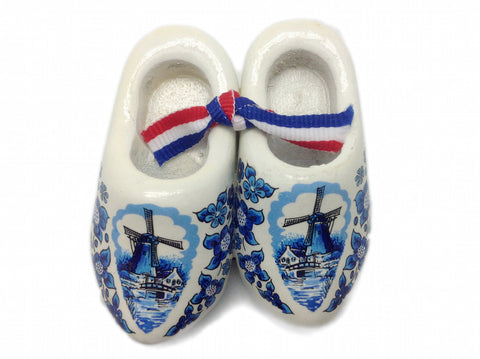 Wooden Shoes Magnetic Gift Blue White - ScandinavianGiftOutlet